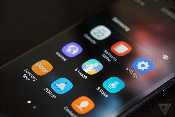 Cách sắp xếp ứng dụng trên điện thoại Samsung